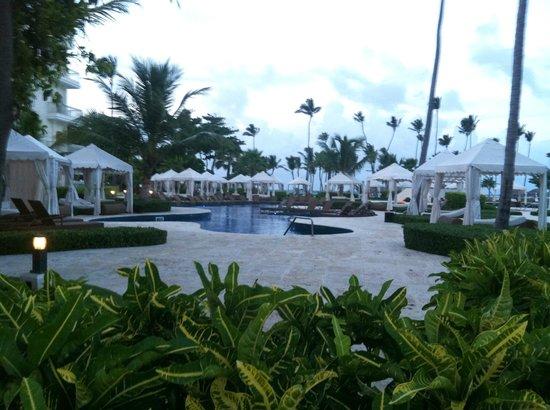 Iberostar Grand Hotel Bavaro : pool area w/cabanas