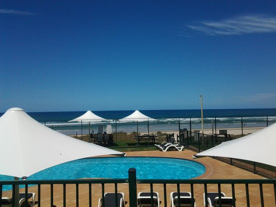 The Breakers: pool and beach