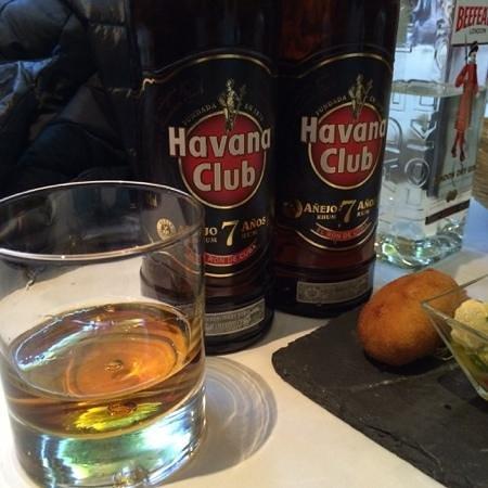 Restaurante Castilla: Great rum