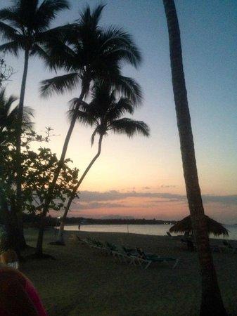 Hotel Beach House Playa Dorada: sunset