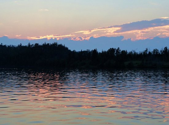 Gunflint Lodge & Outfitters : Twilight on Gunflint Lake - beautiful!