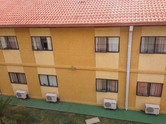 Nacional Inn Sorocaba: Vista do Quarto no Prédio Externo - 3o andar