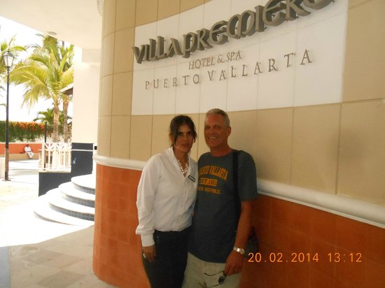 Villa Premiere Boutique Hotel & Romantic Getaway: MARC AND MARIA