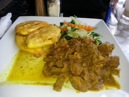 Mongoose Jamaica Restaurant and Lounge : curry goat