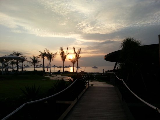 Komune Resort, Keramas Beach Bali: Sun rise