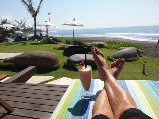 Komune Resort, Keramas Beach Bali: Smoothie for breaky