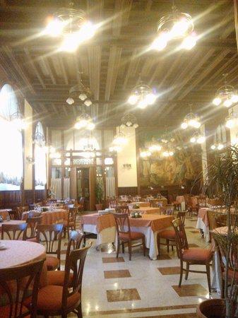 Grand Hotel Piazza Borsa : Ristorante