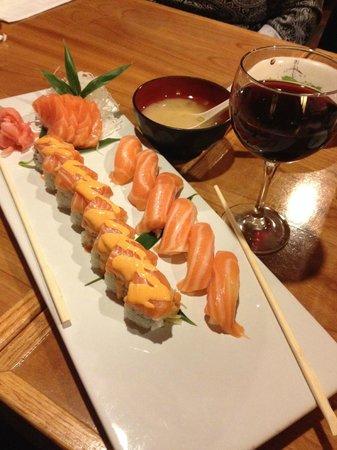 Little Tokyo : MMMM Salmon Lover!!!