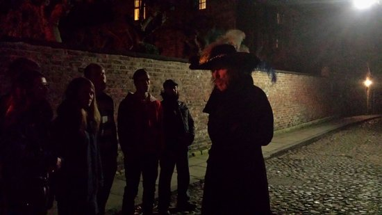 The Trevor Rooney Ghost Walk of York : Roman soldiers pit