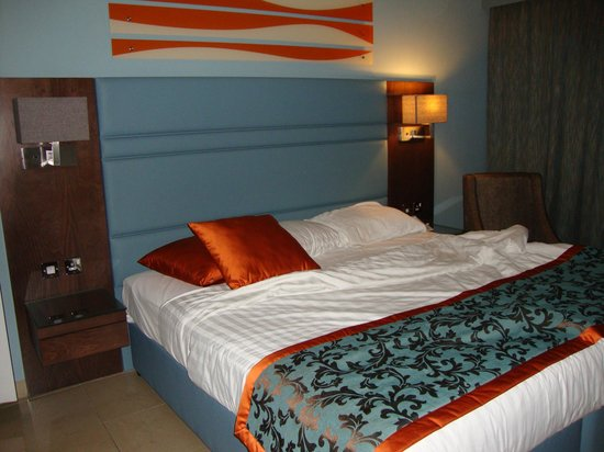 Xclusive Casa Hotel Apartment: Double Bedroom