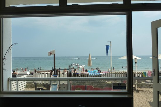 Sandbanks Hotel: A room with a view
