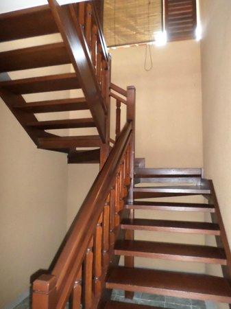 Constance Ephelia : Stairs to upstairs bedrooms in 3 bedroom villa