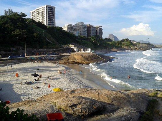 Sofitel Rio de Janeiro Copacabana: La spiaggetta zona Arpoador