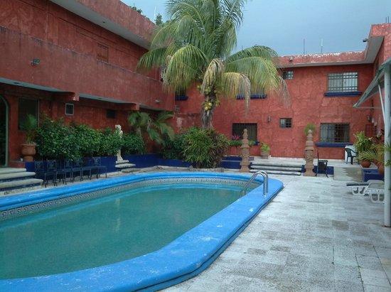 Hotel La Casona Real: Piscina