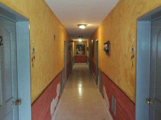 Hotel La Casona Real: Corridoio piano terra