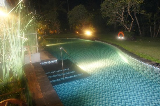 Melia Bali : Outside our door