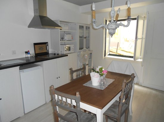Inn Bairro Alto Bed & Breakfast : private kitchen
