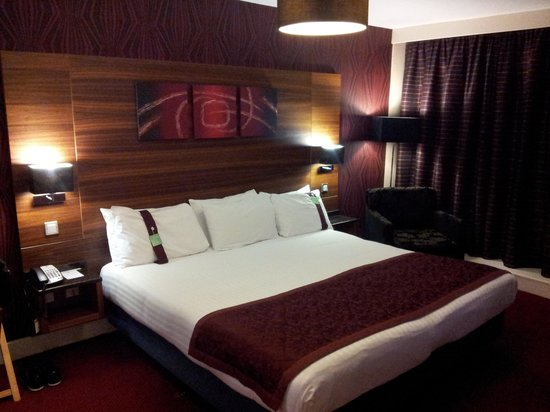 Holiday Inn Birmingham City Centre: Superior/Deluxe room