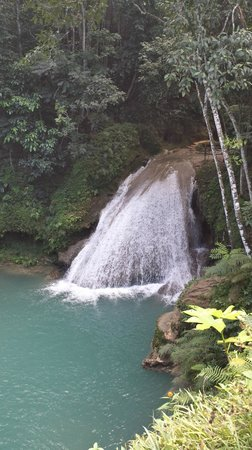 Blue Hole Mineral Spring: The large falls