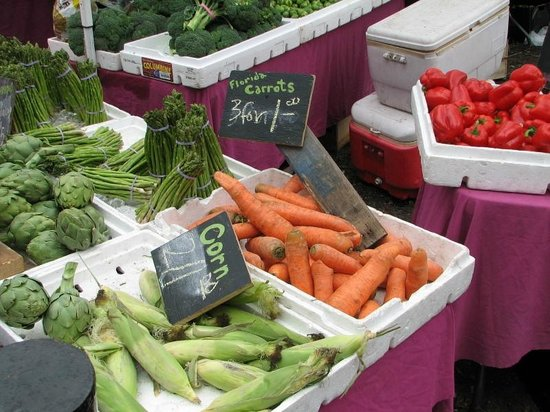 Saturday Morning Market: Fresh produce