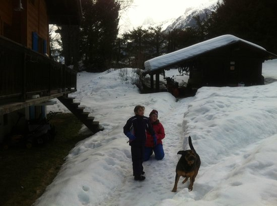 Chalet les Frenes: the girls wanted to bring pepper home!
