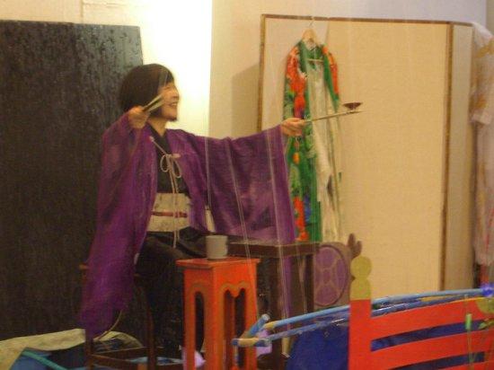 Nishino Miyabi Tokiwa: 水芸は女将も周りも水浸し