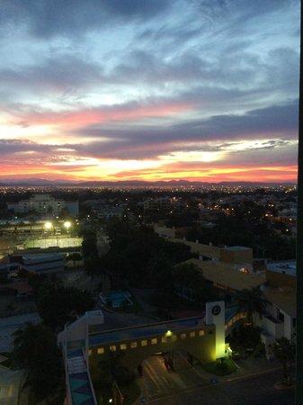 El Cid Castilla Beach Hotel: Sun rise
