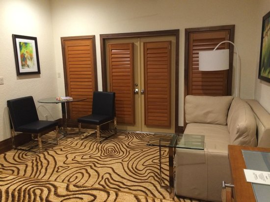 Villas of Grand Cypress: The doors out to the patio