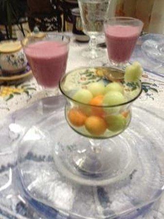 Villa Marco Polo  Inn : Fruit Bowl & Smoothies
