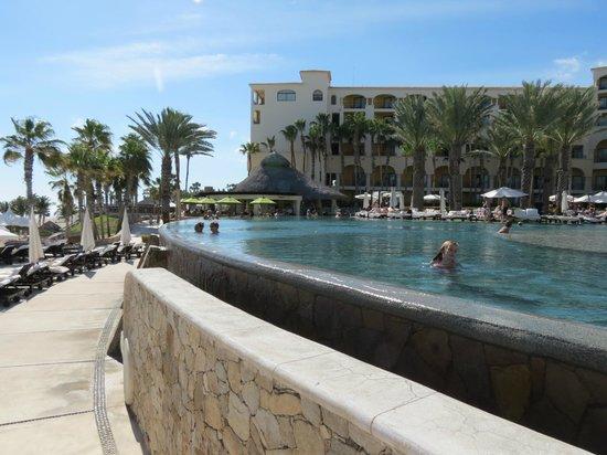 Hilton Los Cabos Beach & Golf Resort : Pool area