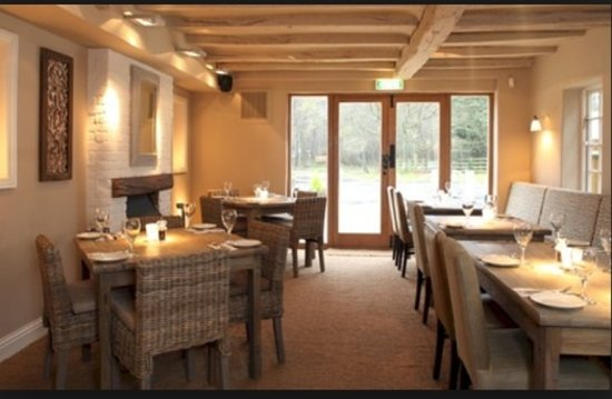 The Red Lion: Our Restaurant