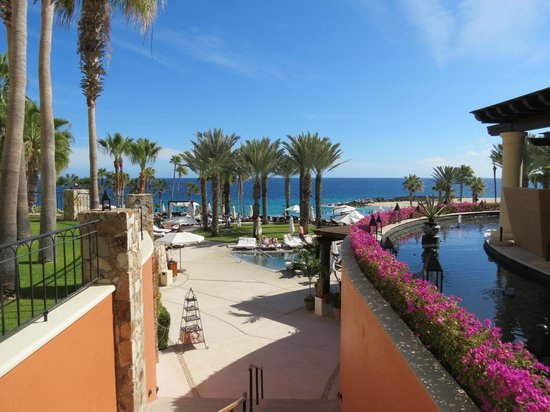Hilton Los Cabos Beach & Golf Resort: view from breakfast