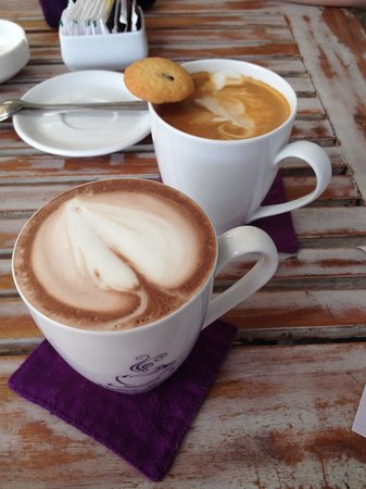 Coffee Corner: Fluffy hot coffee best in Bali