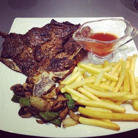 Glasvegas Café : T Bone Steak �� x