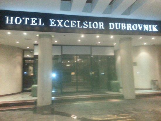 Hotel Excelsior Dubrovnik: Entrance