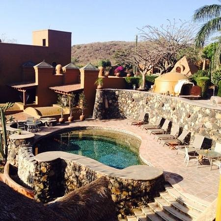 Hostal de la Luz - Spa Holistic Resort: alberca y temazcal
