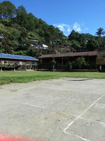Pongas Falls : local school