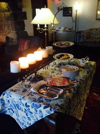 Hastings House Country House Hotel: tea service