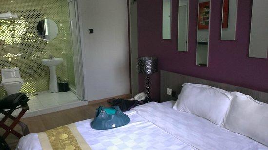 D'Hotel : Subtle decor - nice