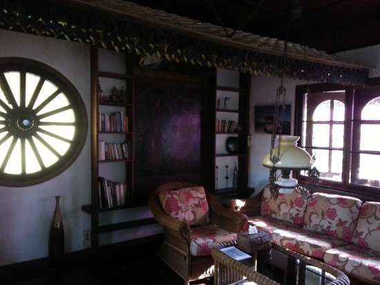 Secret Garden Chiang Mai : upstairs sitting room
