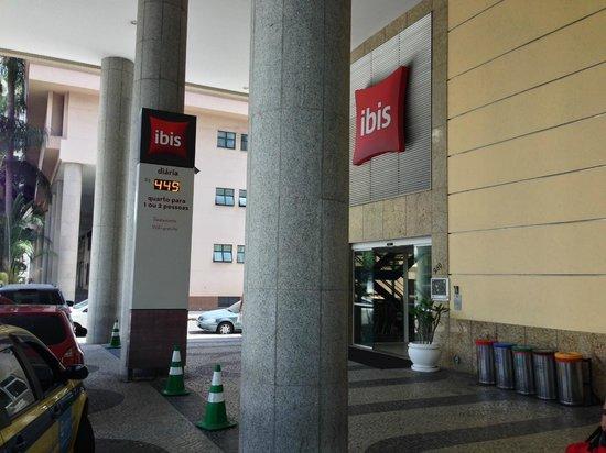 Ibis Rio de Janeiro Santos Dumont : Santos Dumont Ibis