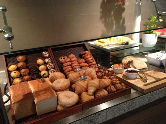 InterContinental Chicago: The Continental Breakfast