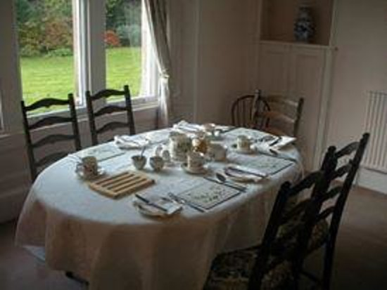 Highfield House: The table setting