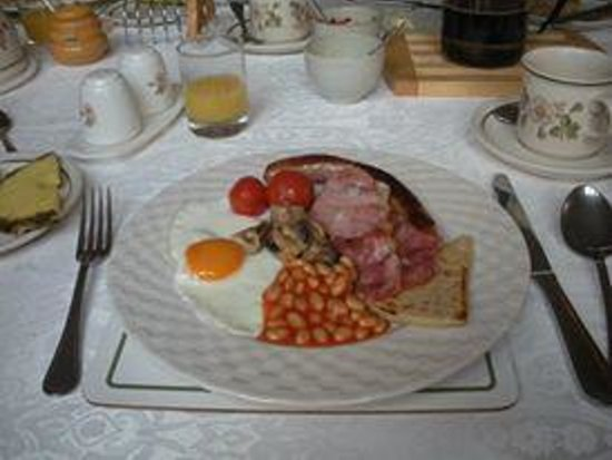 Highfield House: The breakfast that Margaret cooks to order. I believe there was also scones/biscuits