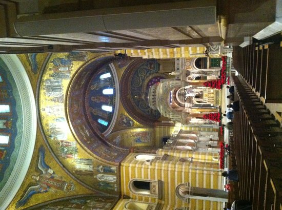 Cathedral Basilica of Saint Louis: Wow!