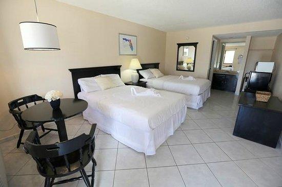 Sevilla Inn: Deluxe TWO beds