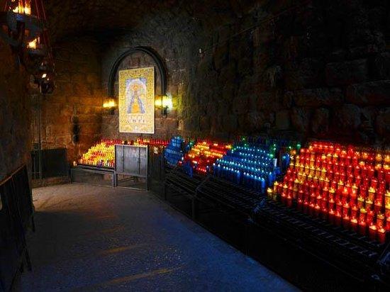 Montserrat Monastery : Candles