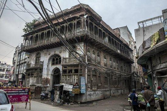 Davinder Singh's Amritsar Heritage Walk: Dharsala Guest House