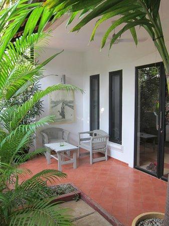 maison557: each room had a private patio