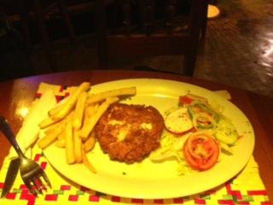 Restaurante La Luna : Chicken cordon bleu at La Luna